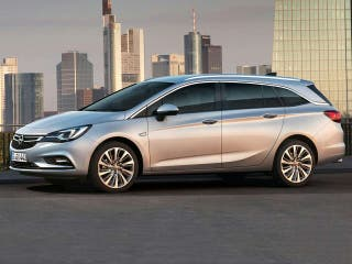 Opel Astra familiar.