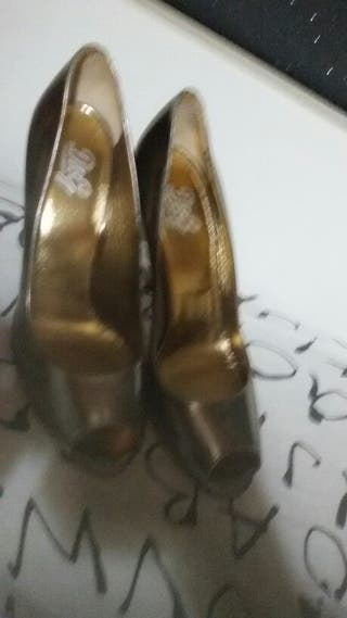 Zapatos dolce cabana nuevos a estrenar