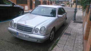 Mercedes-Benz E Class (210) 1998