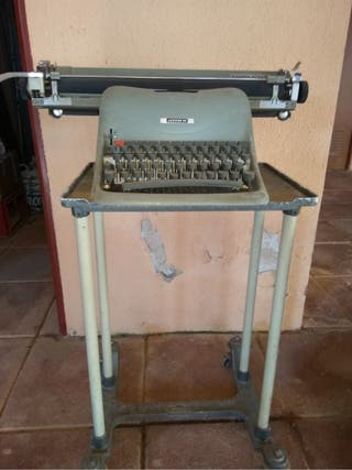 Maquina de escribir Carro Grande Con Mesita
