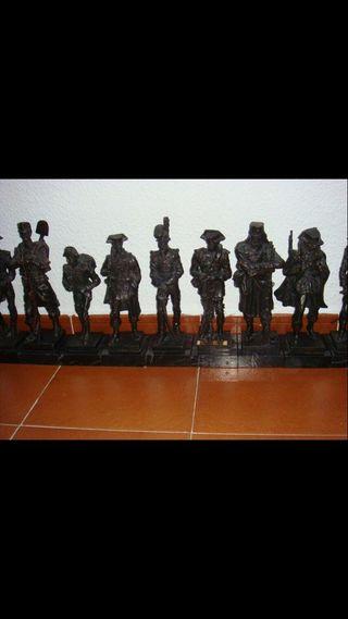 Figura decorativa estatua guardia civil