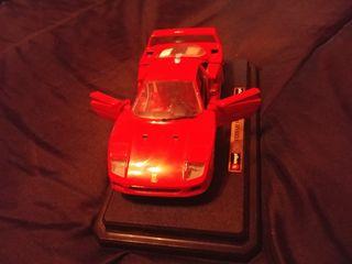 Ferrari F40 (1987) de Burago