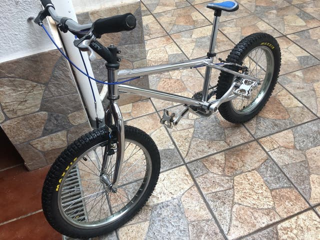 Bicicleta monty seminueva