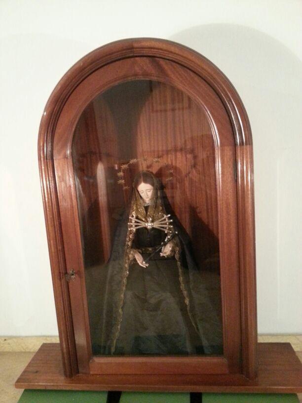 Hornacina de madera con puerta de cristal de segunda mano - Puertas madera barcelona ...
