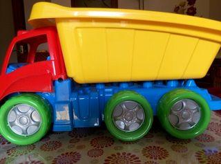 Camión juguete