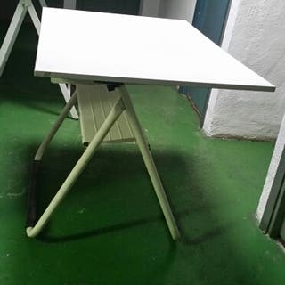 Mesa dibujo reclinable 80x120cm. Altura varible.