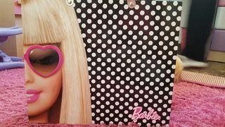 Archivador tipo maleta de Barbie