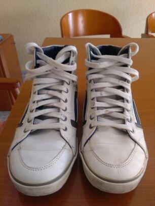 Zapatillas botitas pull & bear talla( 42)