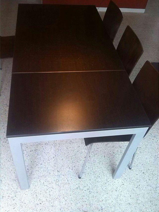 Mesa comedor extensible diseño italiano
