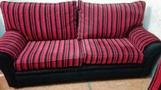 Sofá y 2 sillones