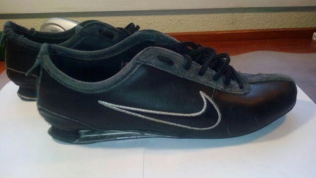 marca decidir Interpersonal  Zapatillas Nike 2 muelles. 43. de segunda mano por 39 € en Madrid en  WALLAPOP
