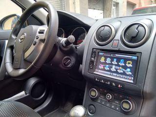 Nissan Qashqai+2 2010