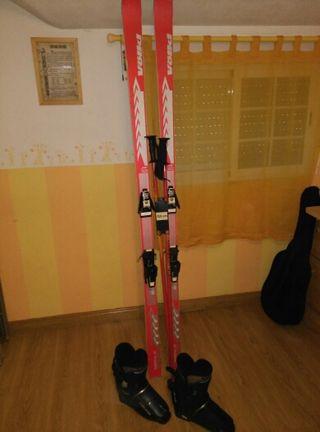 skis botas y bastones