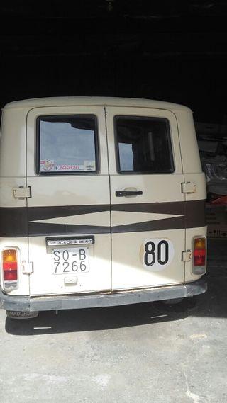 Mercedes-Benz mb130 1981