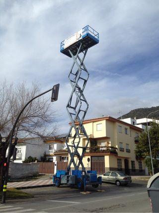 Plataforma elevadora de tijera