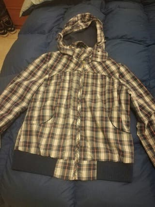 chaqueta Pull and Bear chica