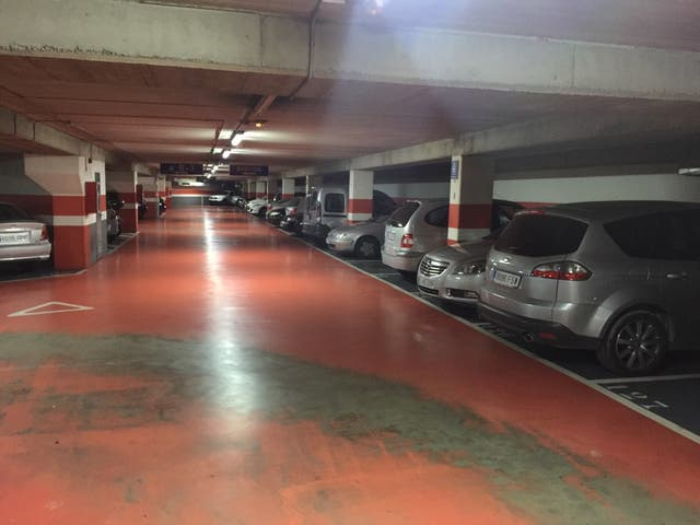 Alquiler plaza parking grande