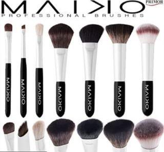 Manta de brochas maquillaje Maiko
