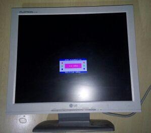 Monitor LG Flatron 17 pulgadas.
