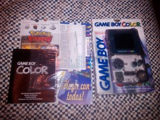 Game Boy Color morada transparente completa