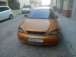 Opel Astra 2003 modelo bertone