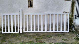 Puertas de hierro acceso casa.