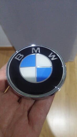 EMBLEMA BMW MALETERO 74MM