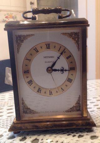 Reloj de mesa / repisa de la chimenea.