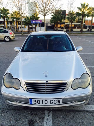Mercedes-Benz c270cd avantgard 2001diesl.