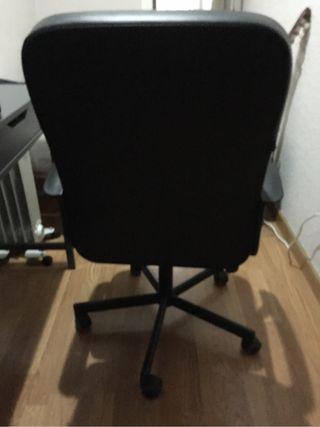 Silla de escritorio/oficina con ruedas