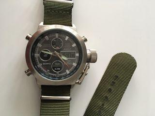 Reloj banda verde militar