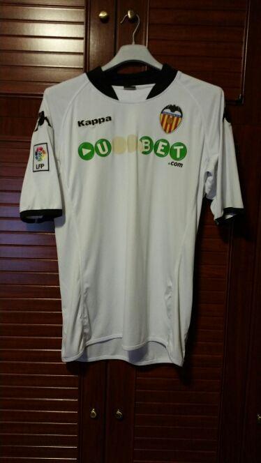 1fde55b3b3be1 Camiseta y pantalón fútbol valencia de segunda mano por 15 € en ...