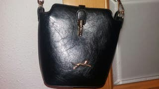 Bolso negro IMPECABLE
