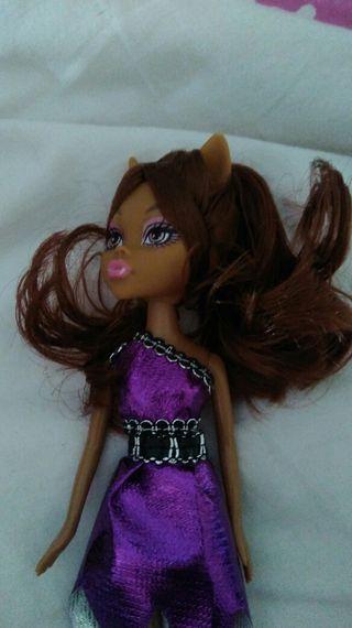 Muñeca estilo Monster High - Claudeen Wolf