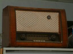 Radio antigua válvulas