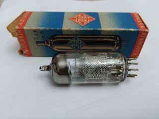 válvla de radio antigua EF183