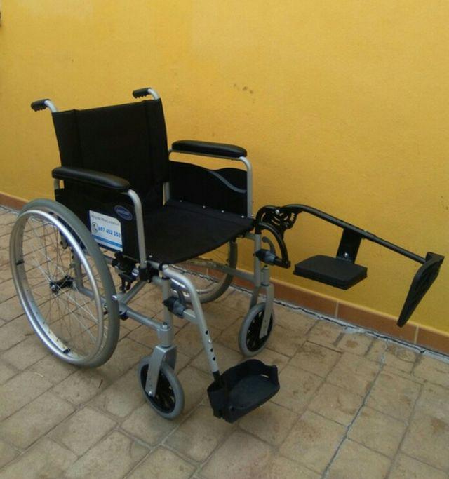 Silla de ruedas reposapies pierna recta de segunda mano for Silla de ruedas de segunda