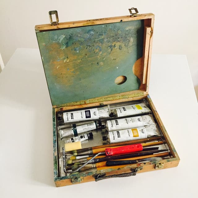 Caja de pinturas al óleo