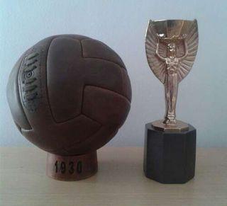 Balón 1930 T-Shape. Mundial Uruguay. Pre Adidas