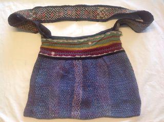 Bolso etnico, original de artesania de la India, sin uso