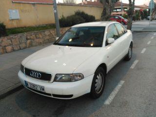 Audi A4 1998 2.8i correas recién cambiadas