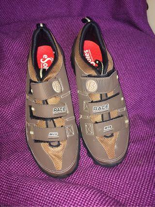 Zapatillas de montaña-MTB