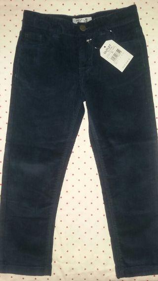 Pantalon niño t4 con etiqueta