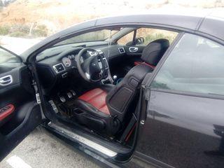Peugeot 307 CC 2004