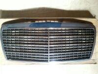 NUEVA (en su caja) Parrilla Mercedes 124 multiválvula