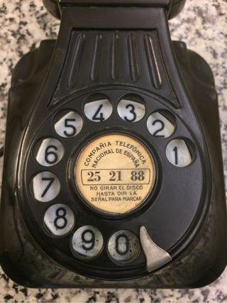 Telefono muy antiguo vintage