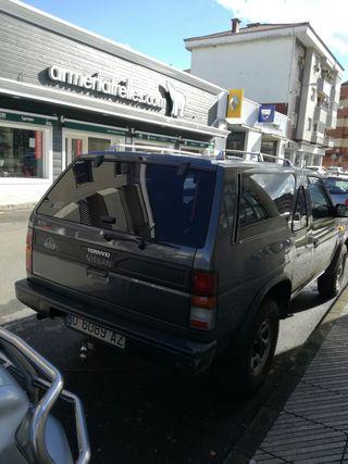 Nissan Terrano 1991