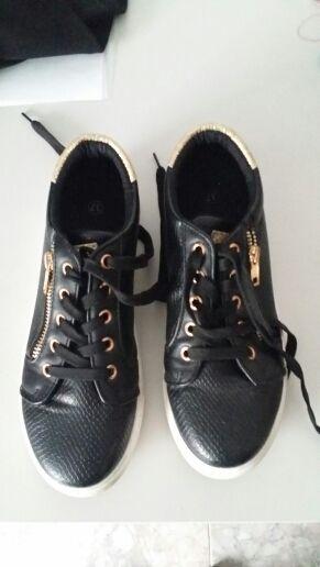 zapatillas negras talla 37