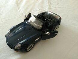BMW Z8 en miniatura para colección