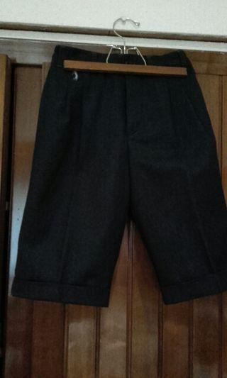 bermuda franela color negro